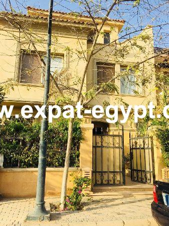 Town house for rent in Meadows Park, sheikh Zayed, Giza, Egypt